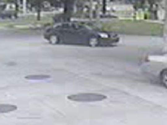 Armed robbery suspects' car
