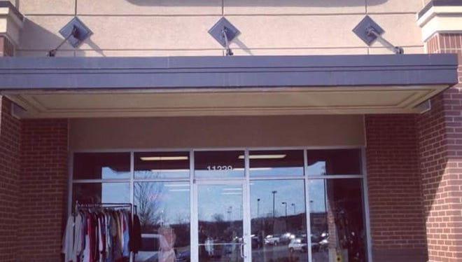 Clementine's Consignment Boutique is closing.