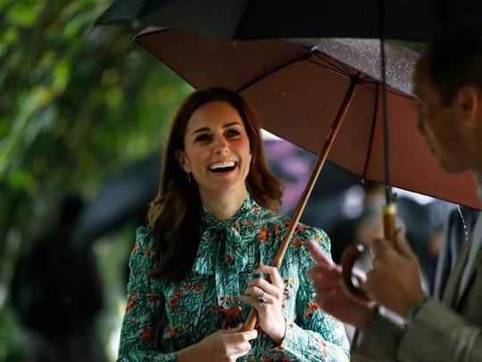 Duchess Kate visits memorial garden to Princess Diana