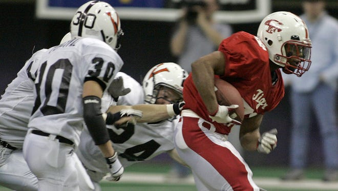 Pat Mitchell led Cedar Falls to five state championship games, including the 2005 final, shown here.