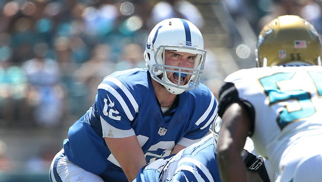 Indianapolis Colts QB Andrew Luck threw for 370 yards and 4 touchdowns against the Jaguars Sunday in Jacksonville.