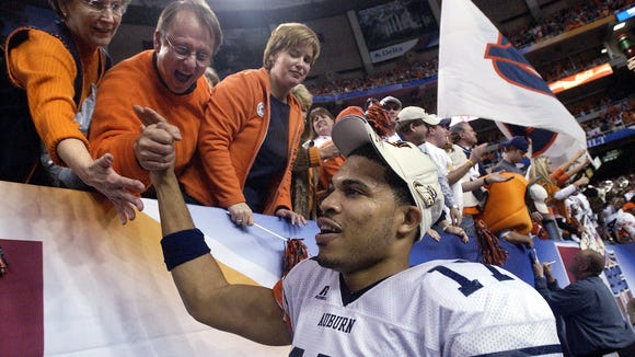 Jason Campbell and the rest of the 2004 undefeated SEC Champion Auburn Tigers will be honored at the San Jose State game this Saturday.
