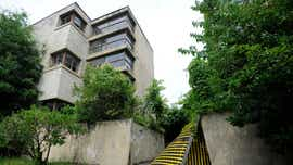 Grove Court Apartments: Significant architecture or an eyesore worthy demolition?