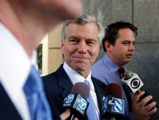 AP Former Governor Trial 081314 2