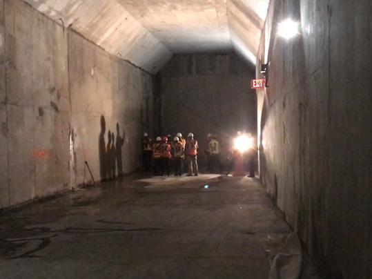 636361693557803289-Gateway-tunnel-box
