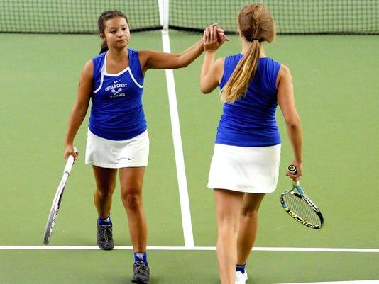 636081673004828509-1010-spt-jl-crest-tennis-1.jpg