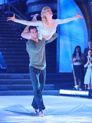 James Maslow gives Peta Murgatroyd a lift on the April 14 episode of 'Dancing With the Stars.'