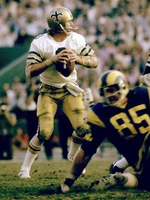 No. 4: Archie Manning: In 1972, he led all NFL quarterbacks in completions with 230 and was second to Joe Namath in passing yards with 2,781. Three times, he would finish in the top three in passing yards. In 1978, Manning threw for 3,416 yards and completed 61.8 percent of his passes, and he followed that by throwing for 3,169 yards (60.0) in 1979. He was named to the Pro Bowl in both seasons and was named the NFC Offensive Player of the Year in 1978.