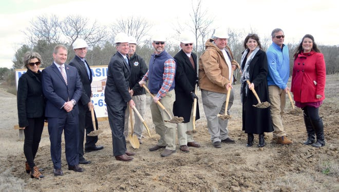 A ground breaking for Perkins Drugs & Gift Shoppe's second location, planned on GreenLea Boulevard in Gallatin, was held Friday, Jan. 27.