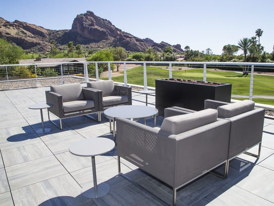 Phoenix, Scottsdale summer resort deals. Ditch the kitchen for room service, crank up somebody else's AC for a few days this summer at these Arizona, Phoenix and Scottsdale resorts.