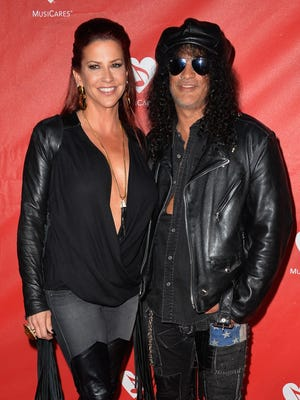 Guitarist Slash has filed for divorce from his wife, Perla Hudson. A