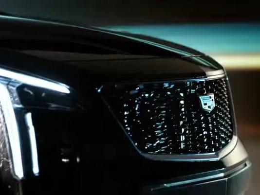 Cadillac-Xt4-teaser-sub