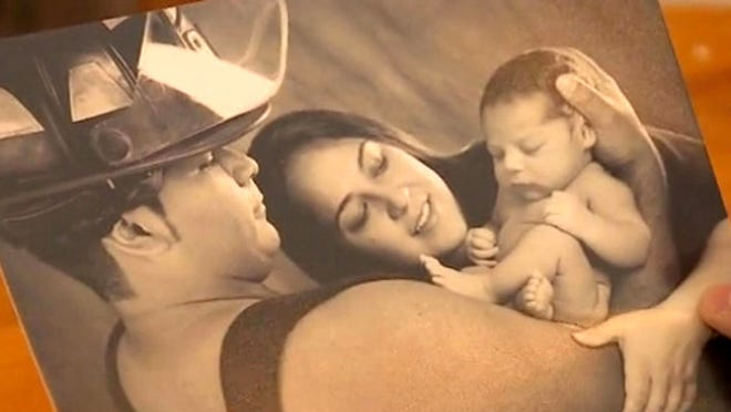 Marlise Muñoz was taken off a ventilator on Sunday.