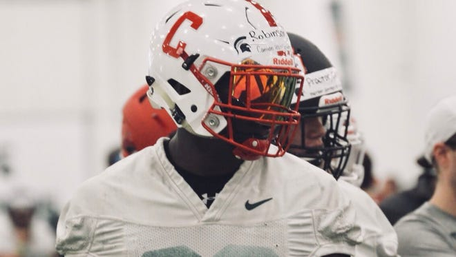 Darius Robinson is a three-star defensive end out of Canton.