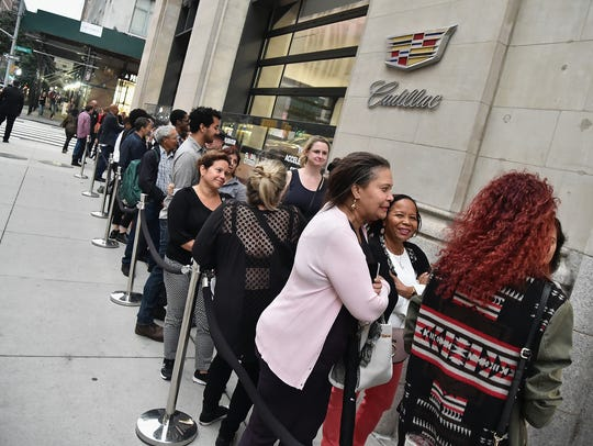 Fans line up outside for Global Citizen & Cadillac