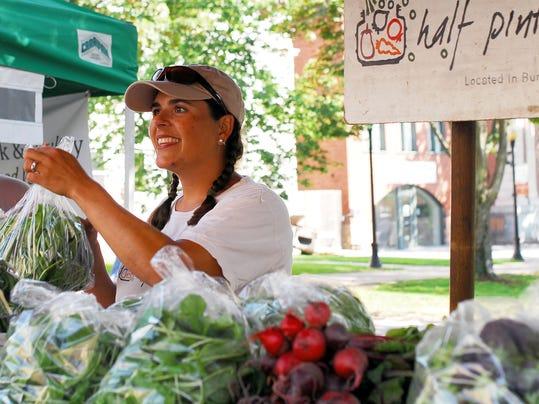 BUR 0828 farmers market C1