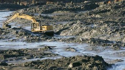 Tennessee ordered the Tennessee Valley Authority to investigate, assess and remediate all of its coal ash disposal sites in Tennessee. In 2008, ash and sludge from the TVA Kingston Fossil Plant in Harriman, Tenn. spilled, resulting in environmental damage and a massive clean up effort.