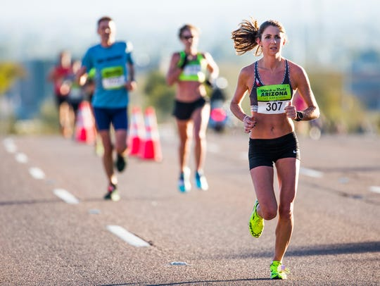 Caroline Williams makes her way through Papago Park