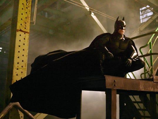 batman_reboots_cover_side
