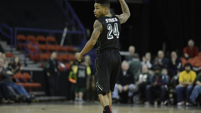 UW-Green Bay's Keifer Sykes is one of several Phoenix players with Chicago ties recruited by coach Brian Wardle.