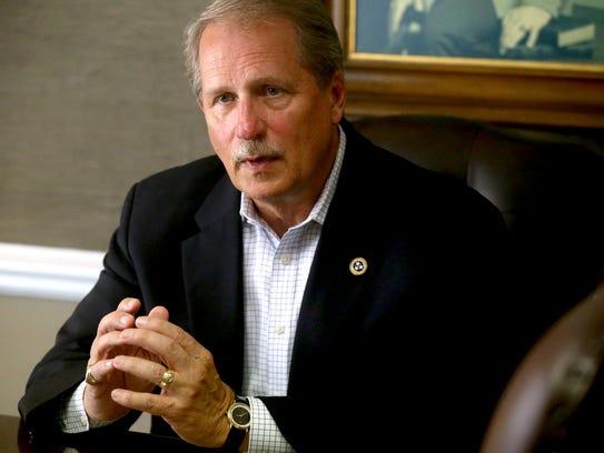 Sen. Bill Ketron Jr. announces that he will be running