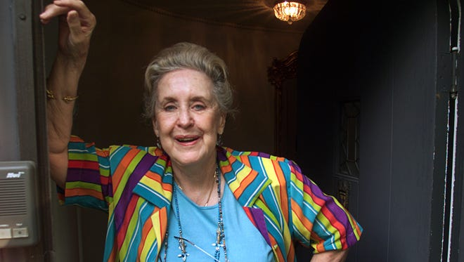 Donna Mikels Shea at her Broad Ripple home, 2001