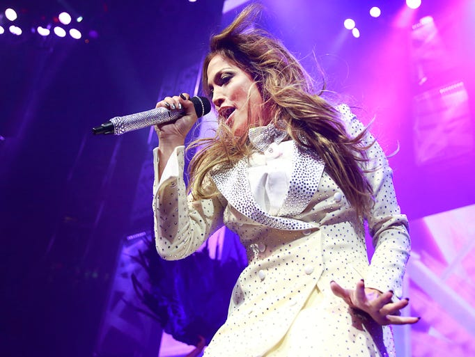 Jennifer Lopez makes a surprise appearance at We Day