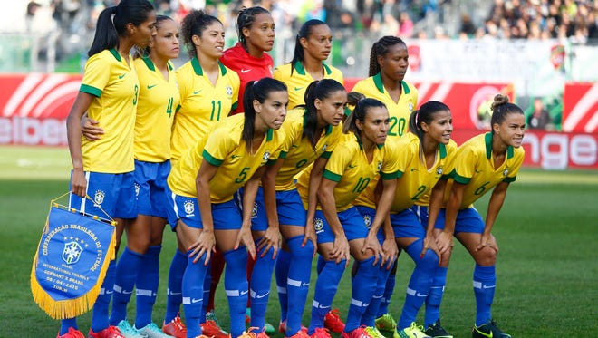 The Brazilian team poses  prior to a women's soccer friendly match between Germany and Brazil  in Fuerth, Germany, on April 8, 2015.