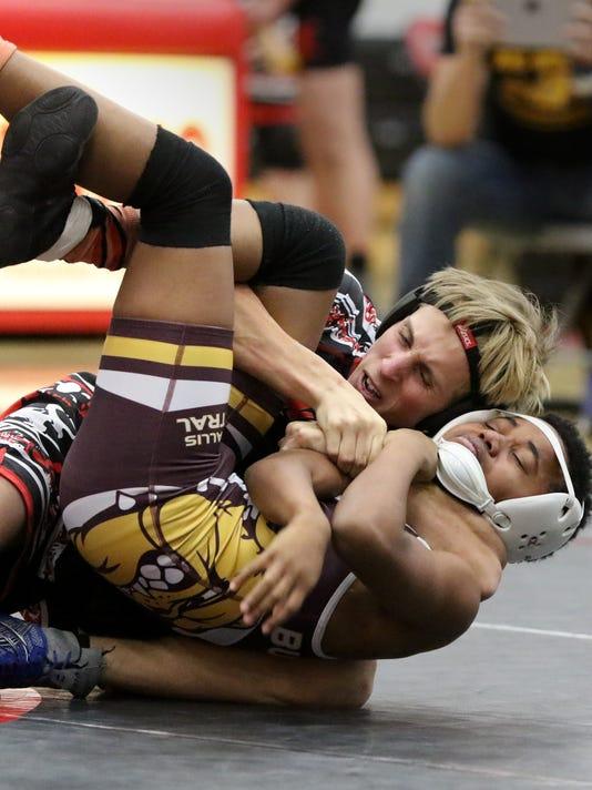 Pewaukee Wrestling