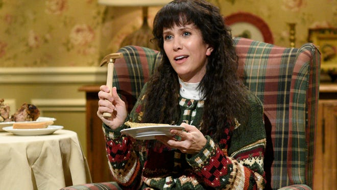 Kristen Wiig is the star of a few great Thanksgiving-themed sketches, including one about festive foods that was cut for time.