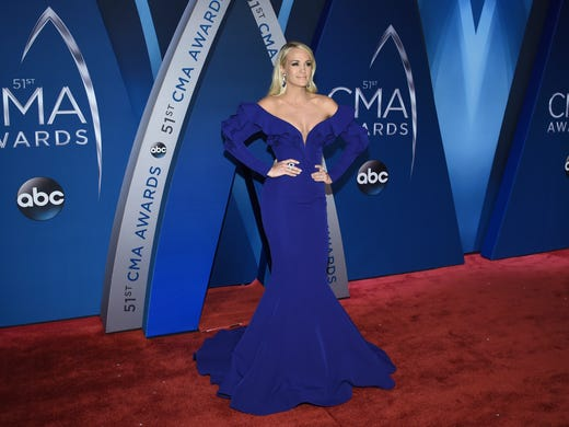 Carrie Underwood arrives at the 51st annual CMA Awards