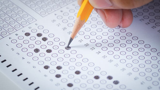 Student fills in circles for multiple choice test