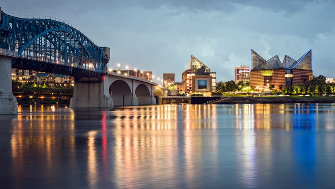 With a wealth of outdoor activities, accommodations, restaurants and other attractions, Chattanooga is an ideal place for a day trip or a longer getaway.
