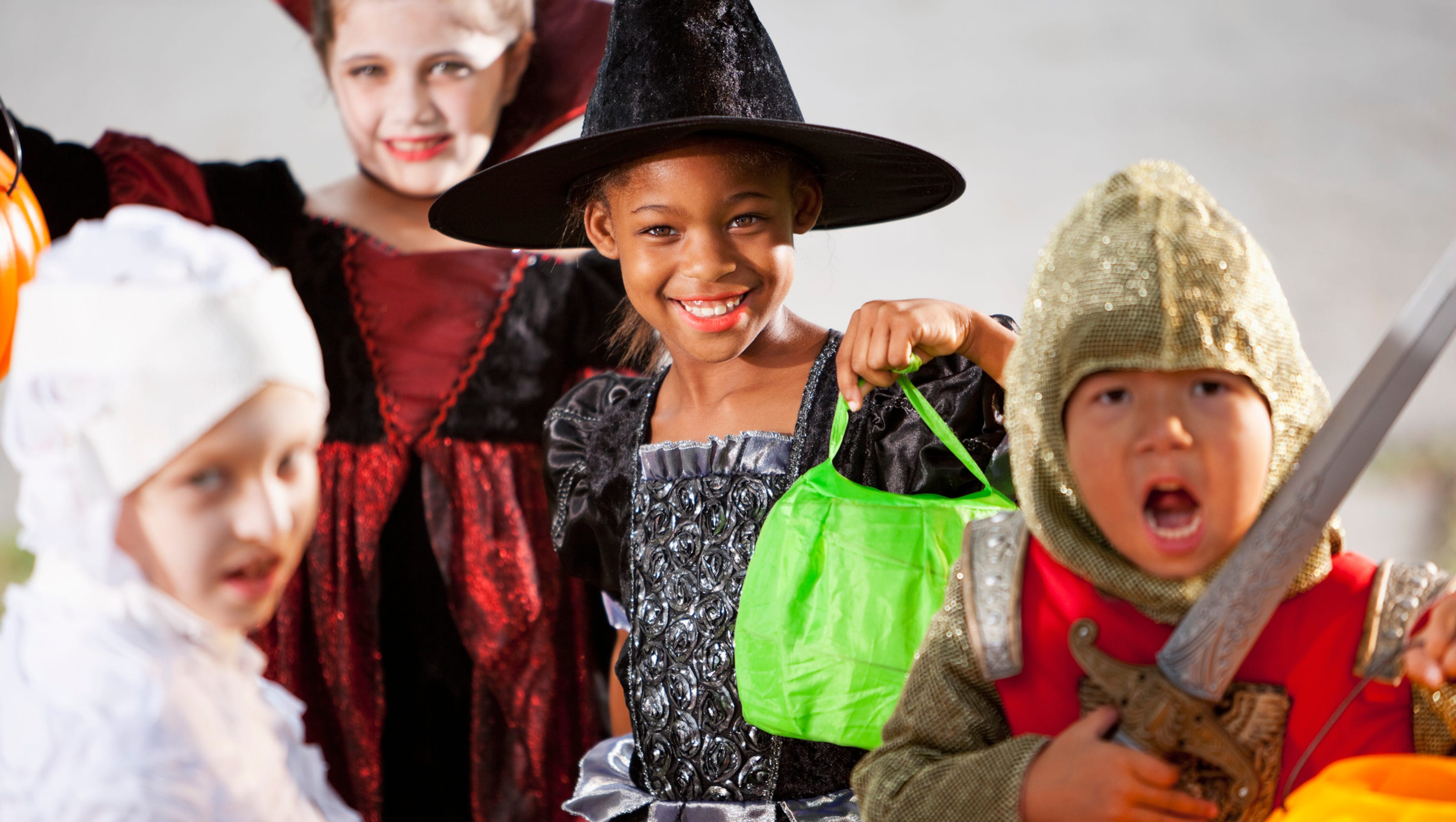 trick or treat: kids' halloween events