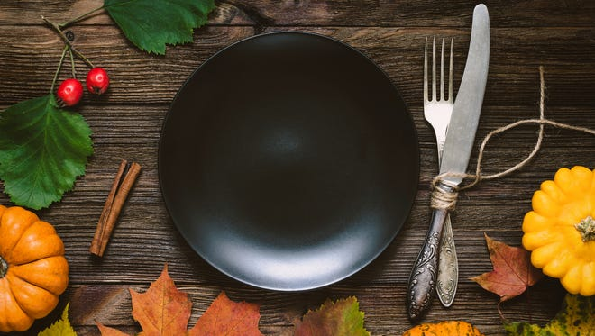 You don't have to give up the turkey or pumpkin pie if you want a healthy Thanksgiving. Just modify your recipes slightly to include less sugar, cream and salt.