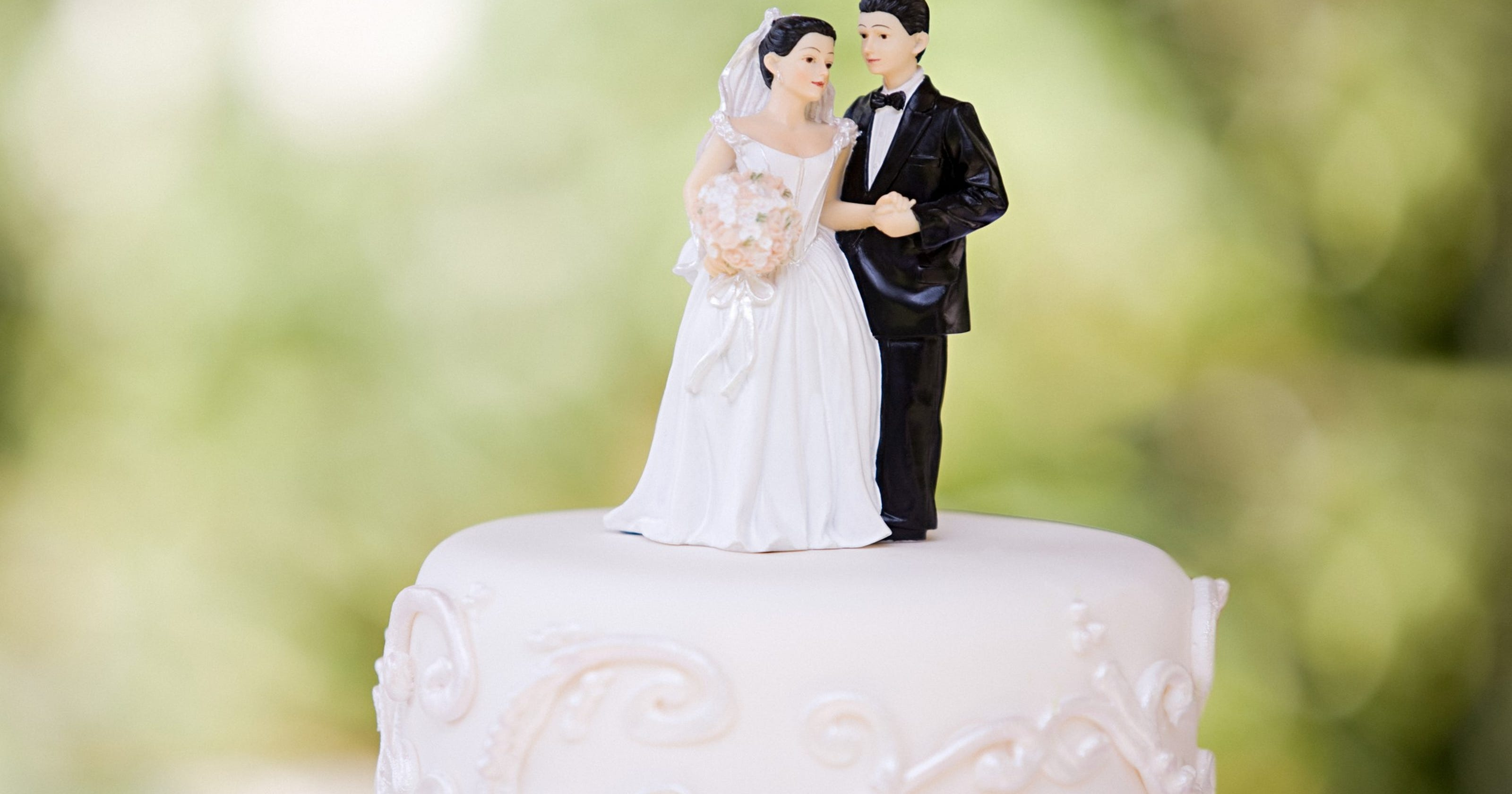 Arizona has no minimum legal age to marry. A bill may change it to 18