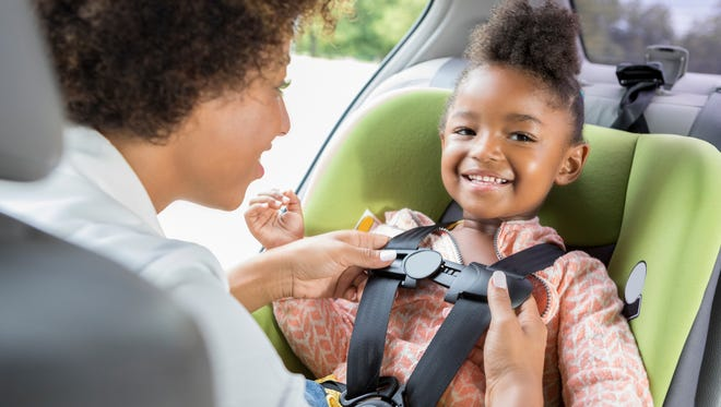 From the very youngest to the young at heart, there are car safety standards that can help your family stay safe. Follow these 6 tips for an easy trip, each and every time.