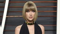 Taylor Swift attends the Vanity Fair Fair Oscar Party