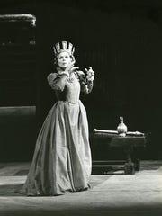 Scotto as Lady MacBeth at the Metropollitan Opera