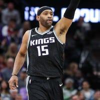 0472f3356 Vince Carter s season-high leads Sacramento Kings past Cleveland Cavaliers
