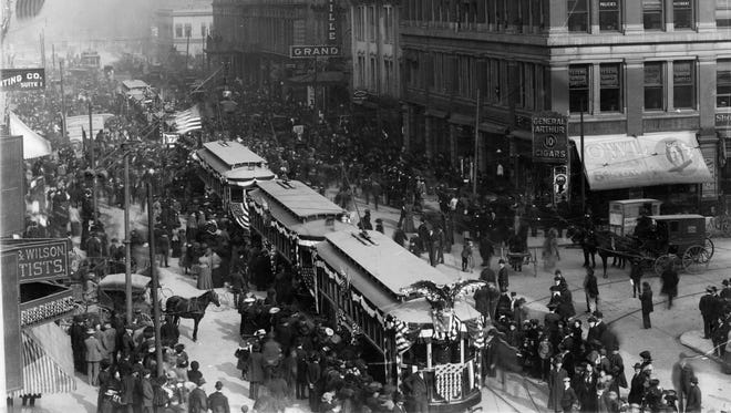 Liberty Bell parade Nov. 19, 1904.