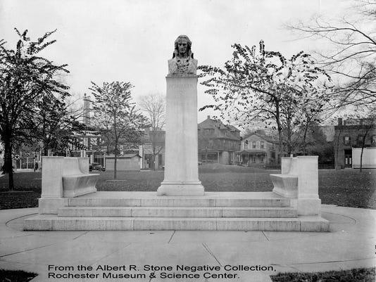 Schiller Monument credit.jpg