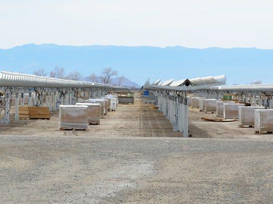 -FC solar panels 2.jpg_20150324.jpg