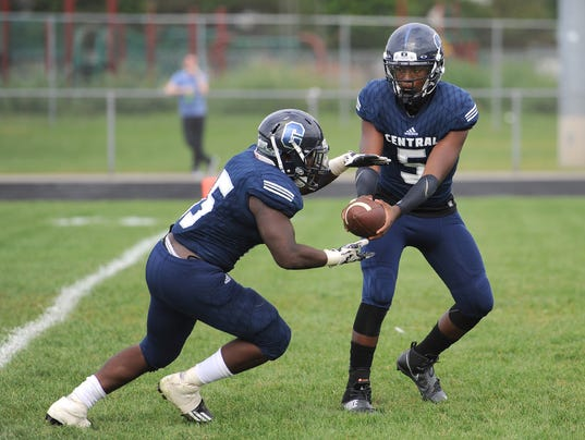Prep Football, East English at Detroit Central