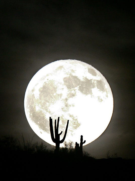 AP_Desert_Moon