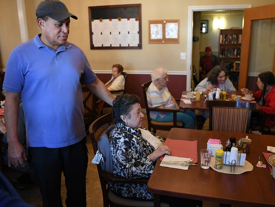 Hugo Medrano table-hopping during his rounds in the