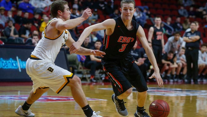 Sioux City East Aidan Vanderloo drives in against Bettendorf during the Iowa High School state basketball tournament at Wells Fargo Arena in Des Moines on Wednesday, March 8, 2017.