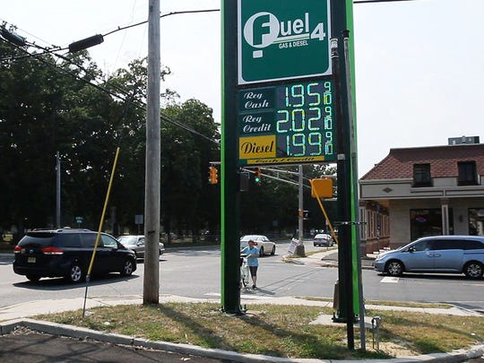 Fuel 4 on County Line Rd. in Lakewood has some of the least expensive gas in the area at $1.95/gallon  -September 1, 2015-Lakewood, NJ.-Staff photographer/Bob Bielk/Asbury Park Press