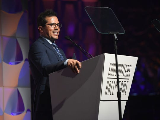 John Leguizamo speaks onstage at the Songwriters Hall Of Fame 48th Annual Induction and Awards at New York Marriott Marquis Hotel on June 15, 2017 in New York City.  (Photo by Larry Busacca/Getty Images for Songwriters Hall Of Fame)