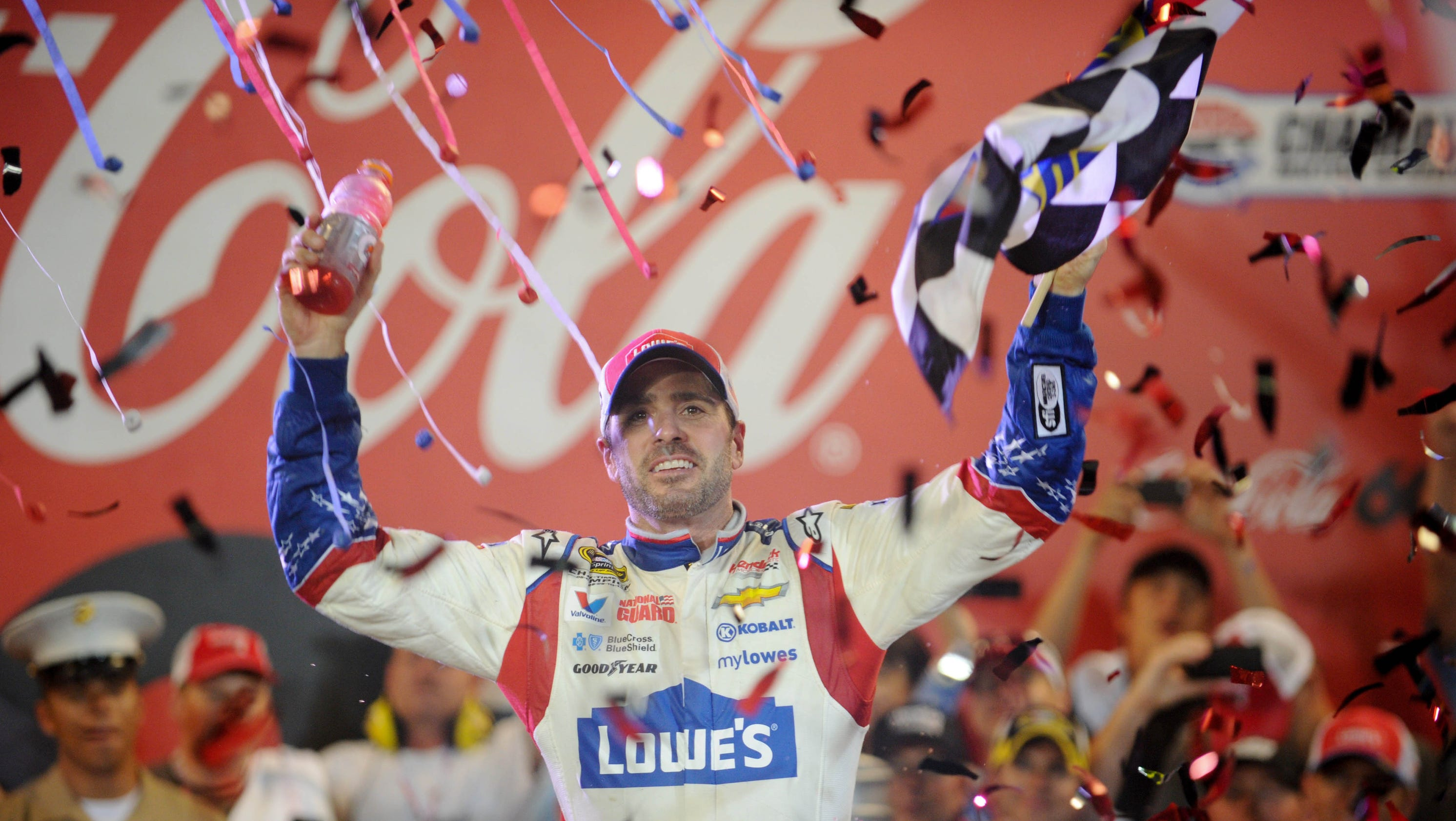 Jimmie Johnson gets first win of season at Coke 600